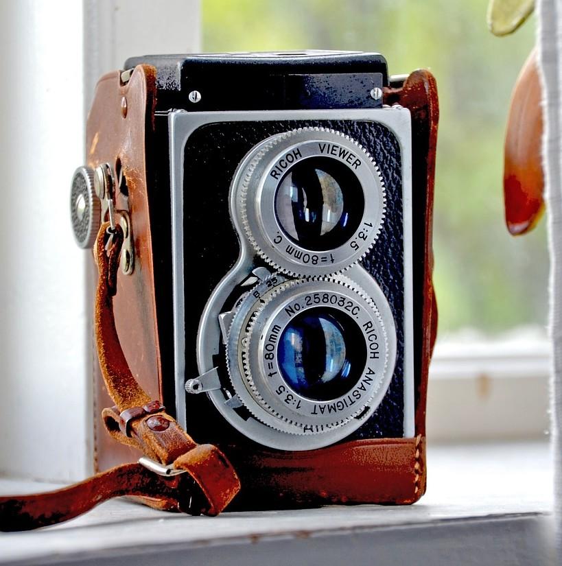 retro kamera ob als sofortbildkamera oder digital ein unikat. Black Bedroom Furniture Sets. Home Design Ideas